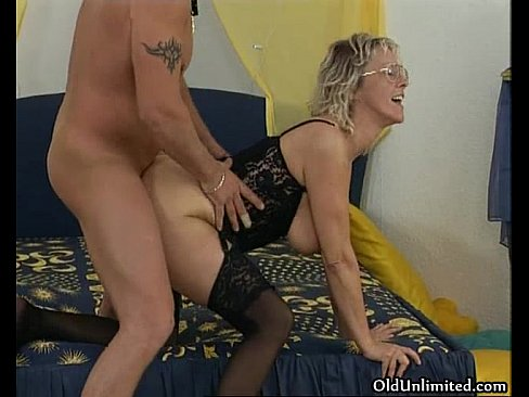 Old hot women getting fucked